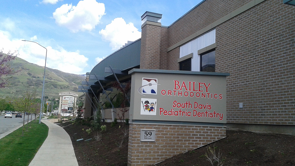 Bailey-Great-Signage